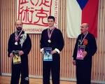 Jan Horák (uprostřed)